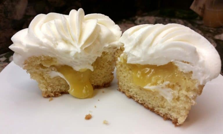 Lemon Curd-Filled Lemon Cupcakes with Limoncello Buttercream: Yes, Please!