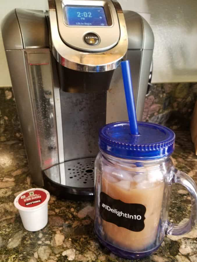 Making an iced chai latte with your Keurig!