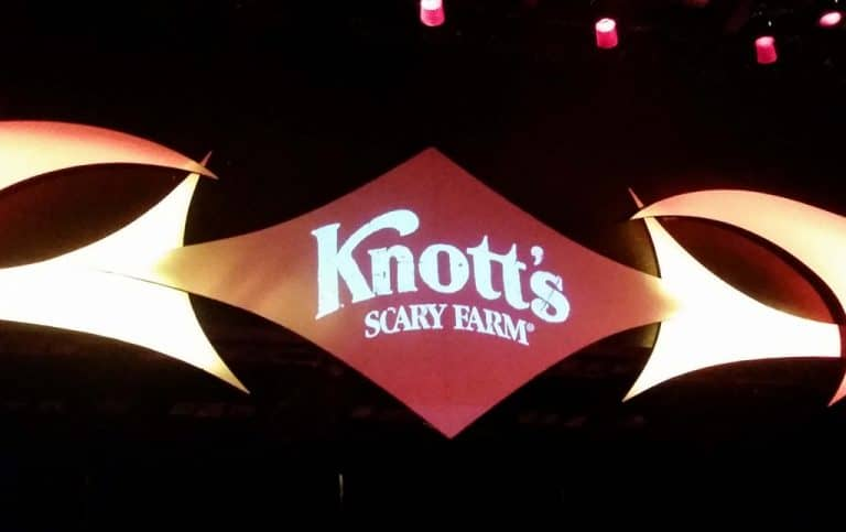 Go get scared at Knott's Scary Farm 2014!