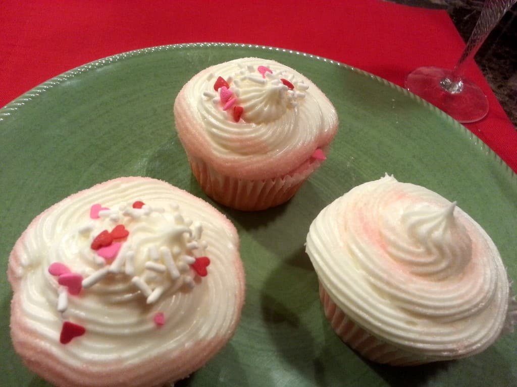 pink strawberry lemonade cupcakes
