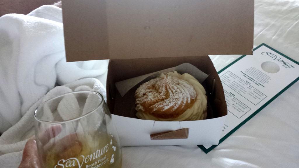solvang bakery cream puff