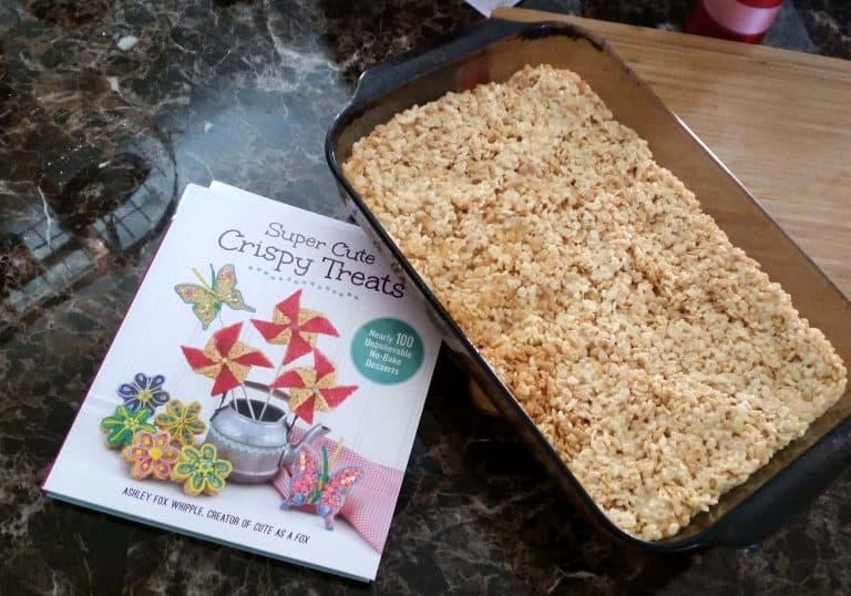 Super Cute Crispy Treats: Another Cookbook Giveaway!