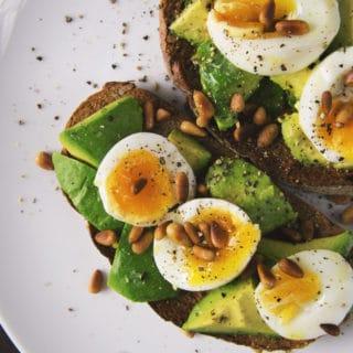 clean eating reboot eggs on toast
