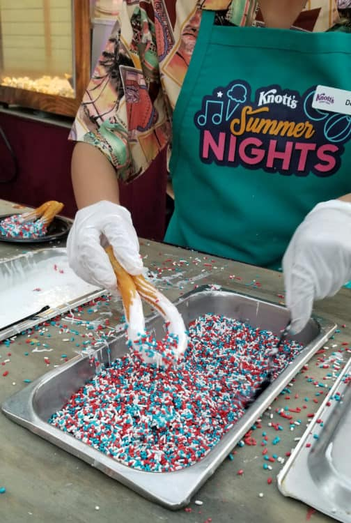 churros at knott's summer nights