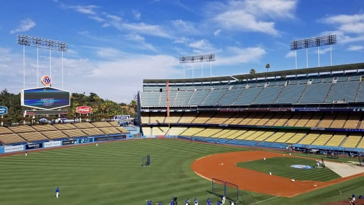Dodgers stadium freeway series