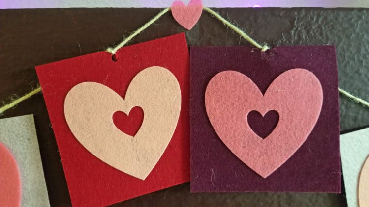 easy valentine's day heart banner