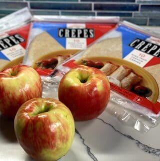 hot cinnamon apple crepes