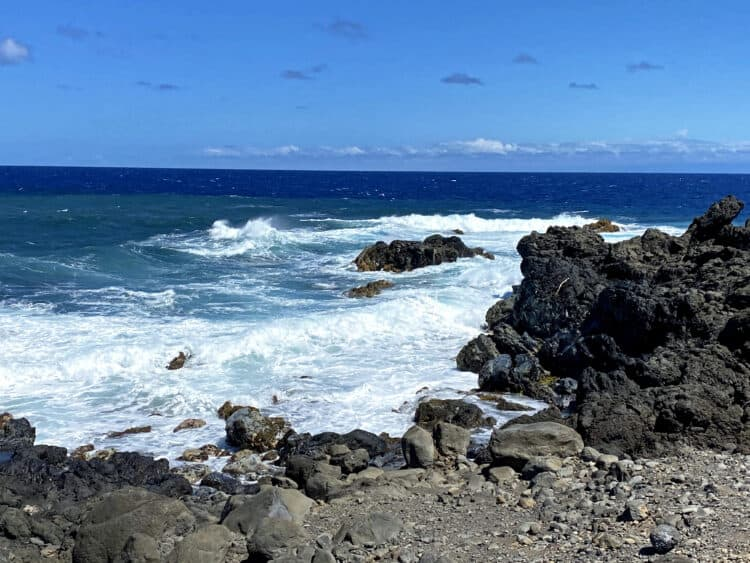 the road to Hana drive on maui
