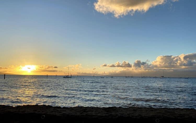 travel to maui and Lahaina
