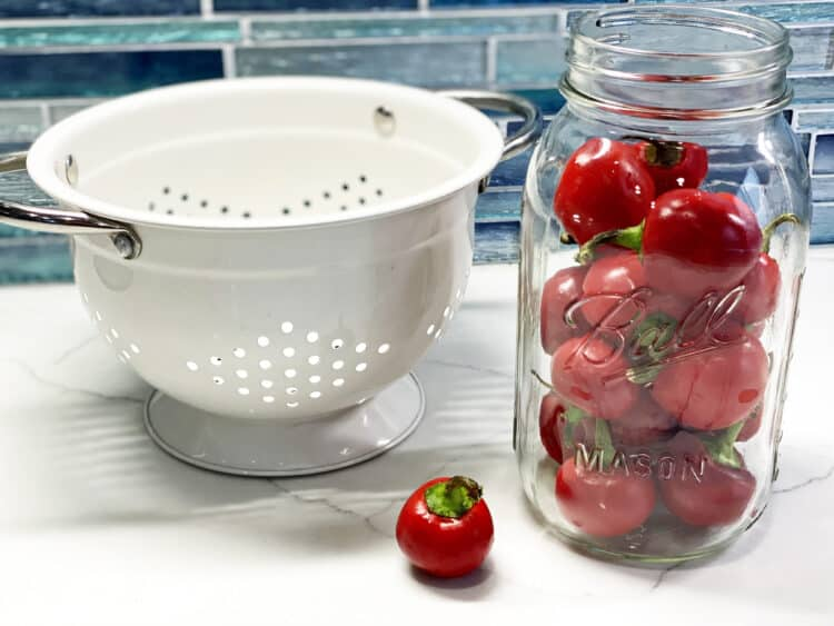 making pickled cherry bell peppers