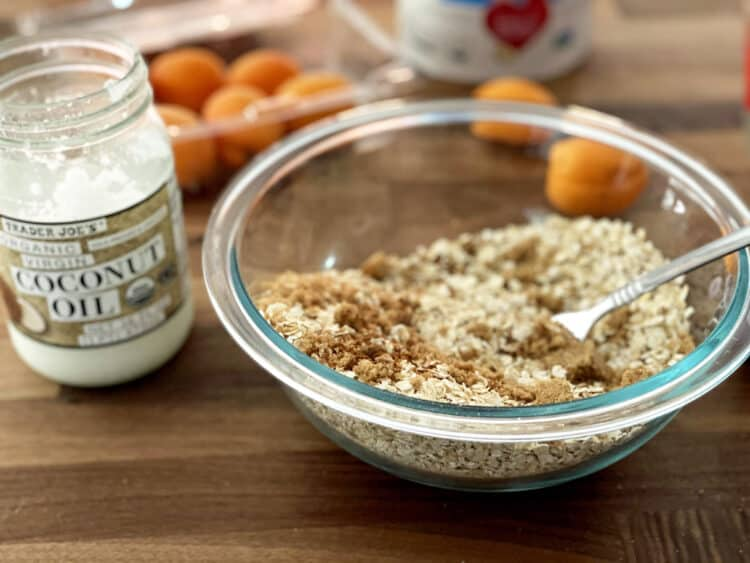 coconut and oat crumble mix