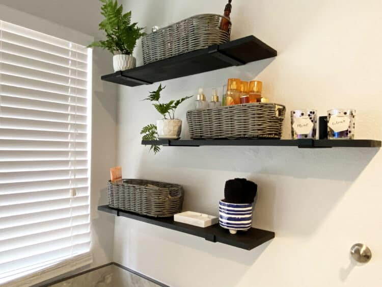 minimalist bathroom design candle holders on shelves