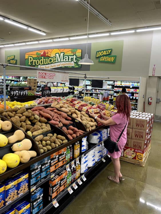 smart and final produce section